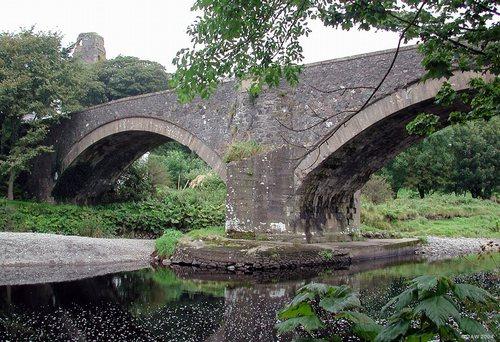 ardstichar castle & bridge